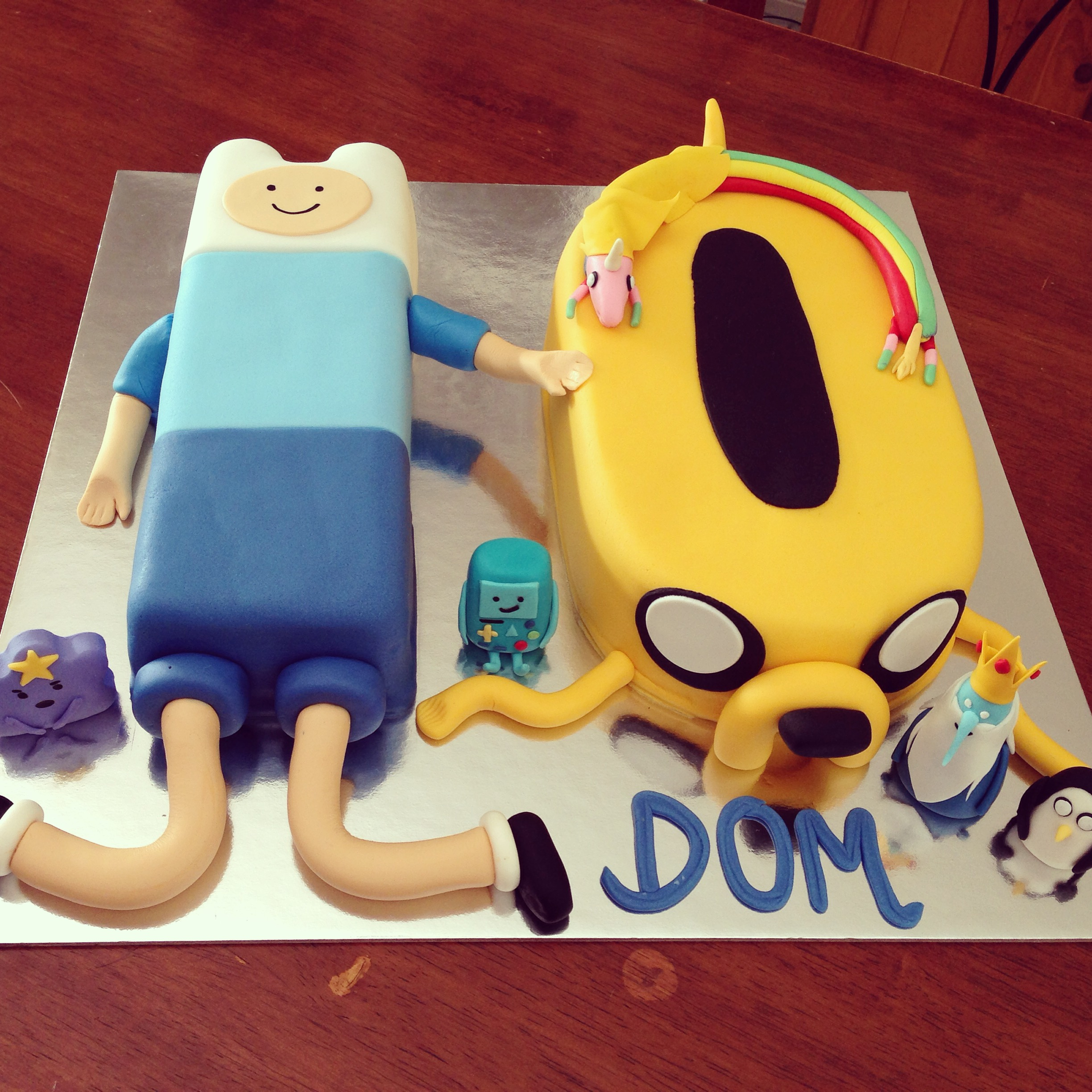 Ocean themed Cake – Mami Made It